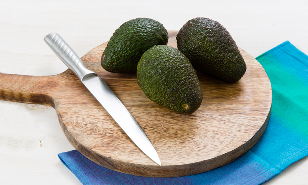 Como descascar abacate