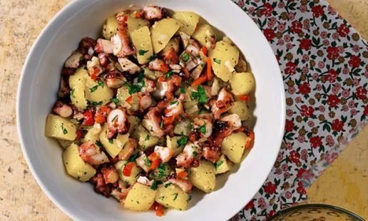Salada de polvo com batatas