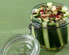 Como fazer pickles de pepino