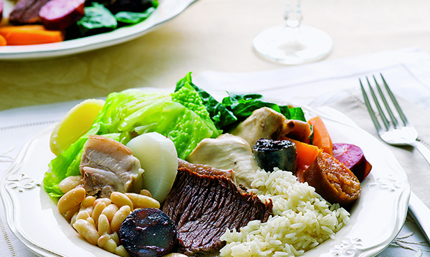 A origem do cozido à portuguesa