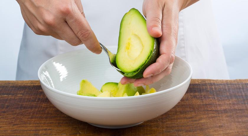 Como preparar guacamole3