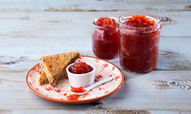 6 passos para fazer doce de tomate