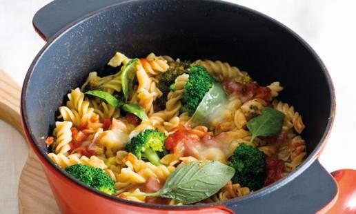 One pot pasta com brócolos