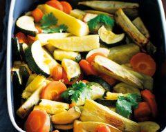 Legumes no forno com molho de mostarda e coentros