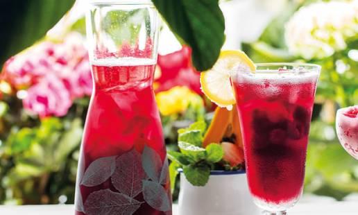 Cocktail de vodka, sangria e papaia