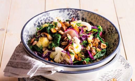 Salada morna de feijão-frade e couve-flor