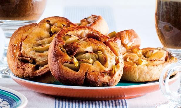 Caracóis de canela e maçã