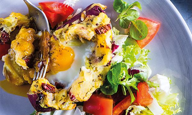 Ovos em ninho de batata-doce
