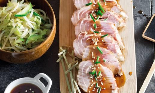 Atum braseado com molho de soja e gengibre