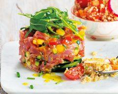 Tártaro de atum com salada de quinoa