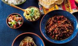 Chilli, tacos, tortilhas e guacamole