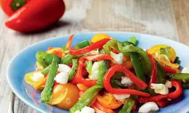 Salada de pimentos italianos assados