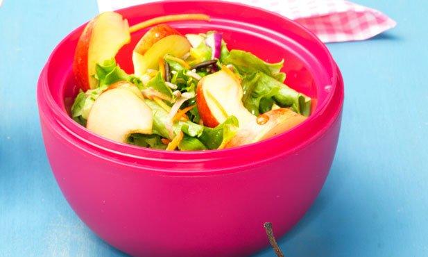 Salada colorida com maçã