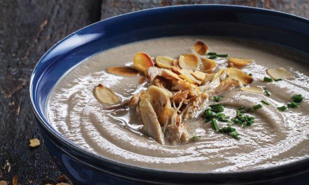 Sopa de couve-flor com cogumelos