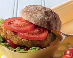 Hambúrguer de grão, brócolos e milho