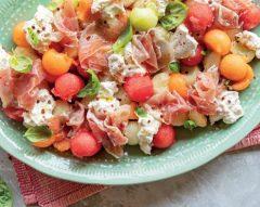Salada tricolor