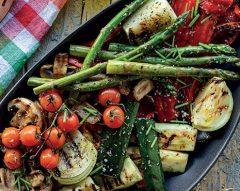 Legumes grelhados com azeite aromatizado