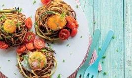 Ninhos de vegetais e ovo