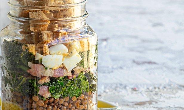 Salada de lentilhas em frasco