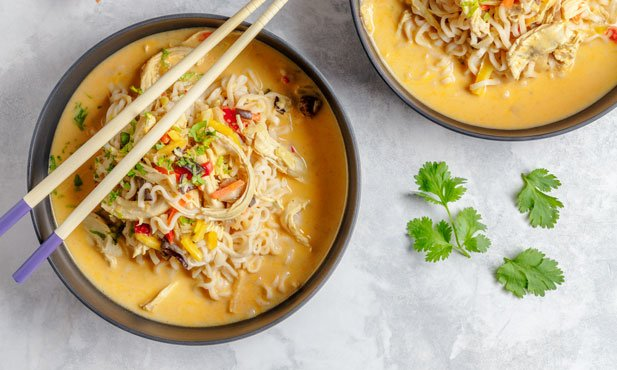 Sopa de noodles picante