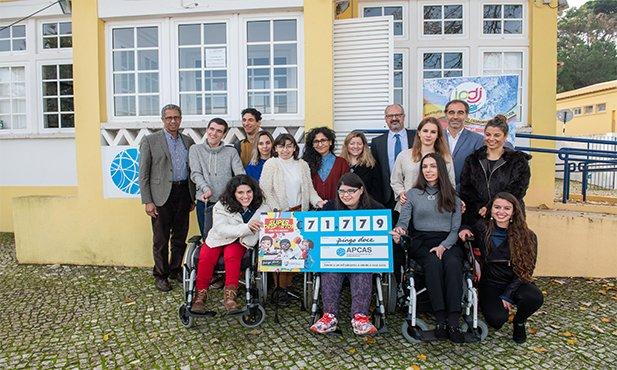 Pingo Doce entrega donativo de 71.779€