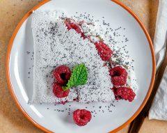 Tapioca com queijo e doce de frutos vermelhos