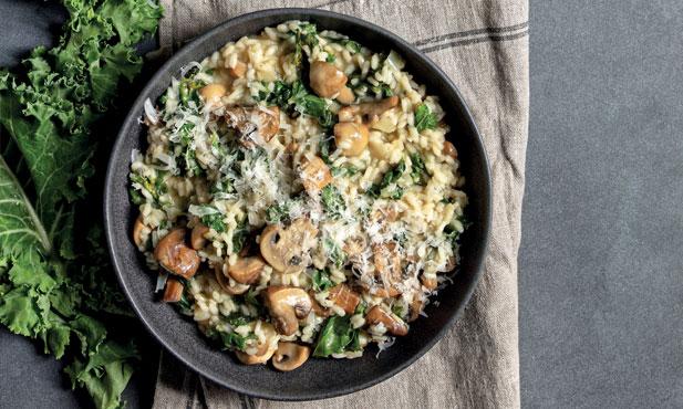 Risotto de cogumelos e couve kale