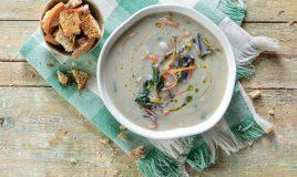 Sopa com lentilhas vermelhas e couve-flor