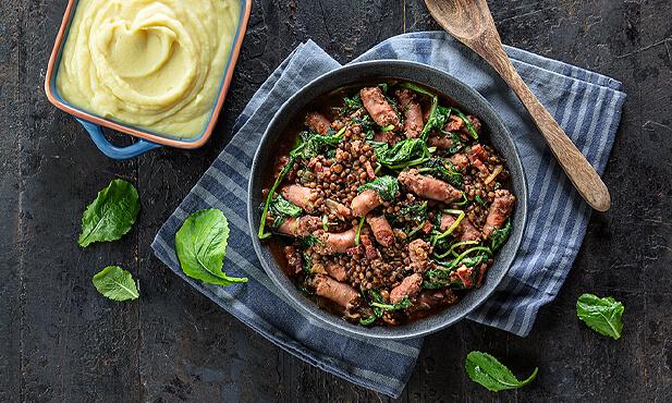 Estufado de lentilhas com salsichas