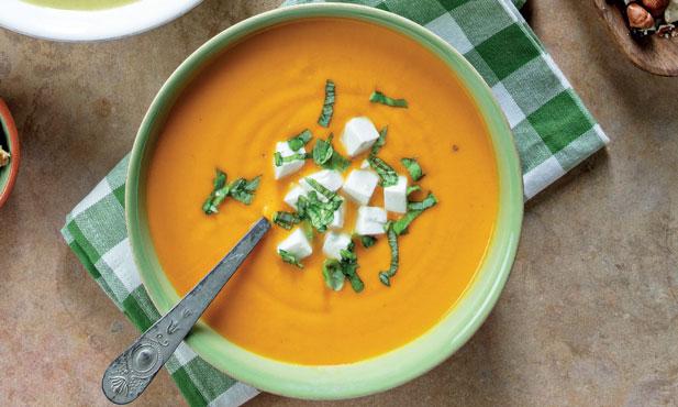 Sopa de grão com pimento vermelho