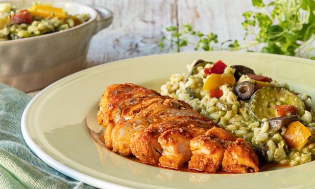 Peito de frango com risotto de vegetais