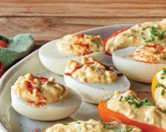 Ovos recheados com pickles