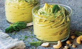 Mousse de abacate e lima