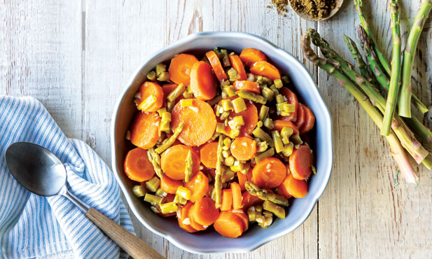 Cenouras à algarvia com espargos
