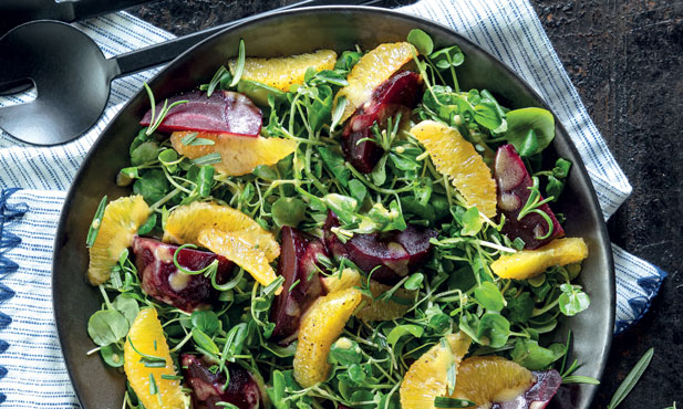 Salada de agrião com beterraba e laranja