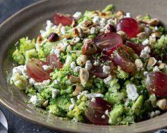 Salada de brócolos e feta