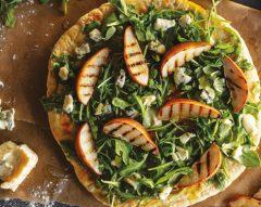 Pizza com pêras e gorgonzola