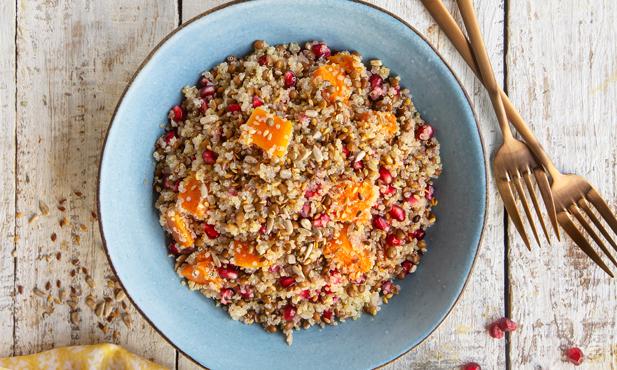 Salada de quinoa com abóbora e romã