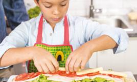 Como fazer uma sanduíche com as crianças