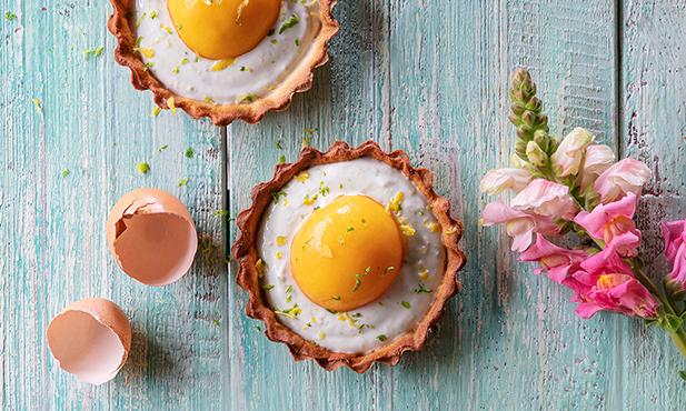 Tartelettes de lima-limão com pêssego