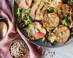 Salada de pêra com molho de morango
