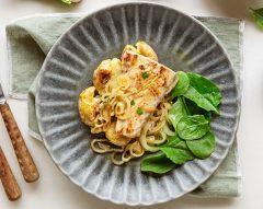 Escalopes de lírio de cebolada com batata a murro