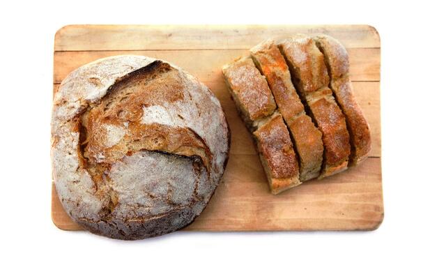 4 dicas para aproveitar pão duro