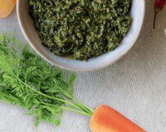 Pesto de rama de cenoura