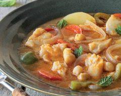 Sopa de bacalhau com grão e hortelã